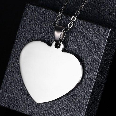 srce privjesak